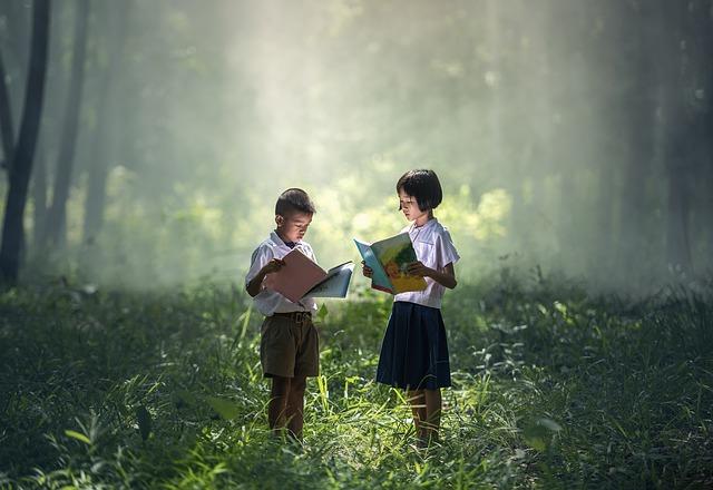 čtení v lese