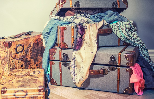 kufry a oblečení