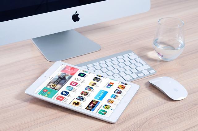 Proč je Microsoft větší a lepší než je Apple