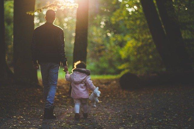 Otec a dcera zezadu