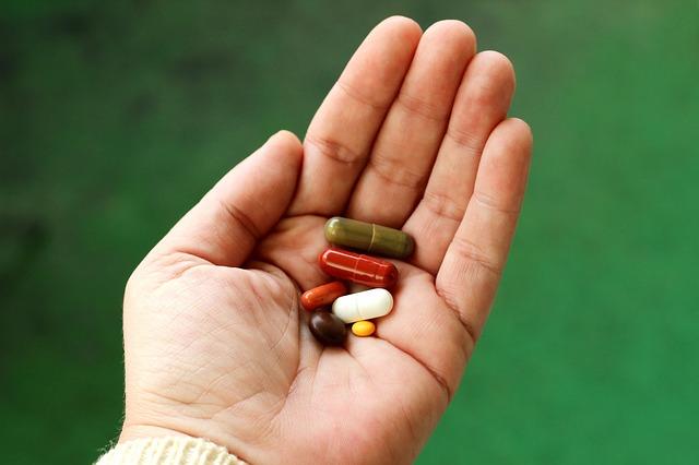 pilulky v dlani
