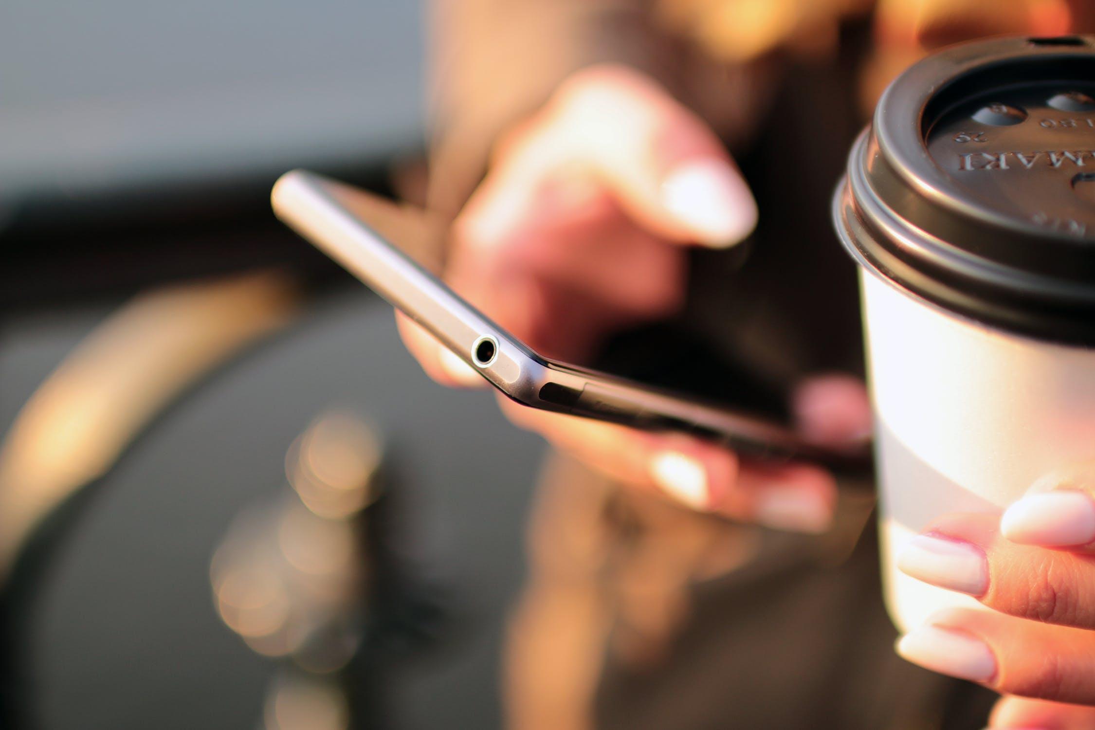 Podle čeho si vybrat mobilní telefon?